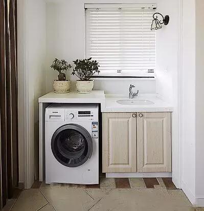 洗衣机没地方放?看看别人家的阳台