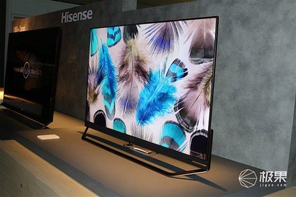 海信发布150英寸激光电视双面屏手机亮相