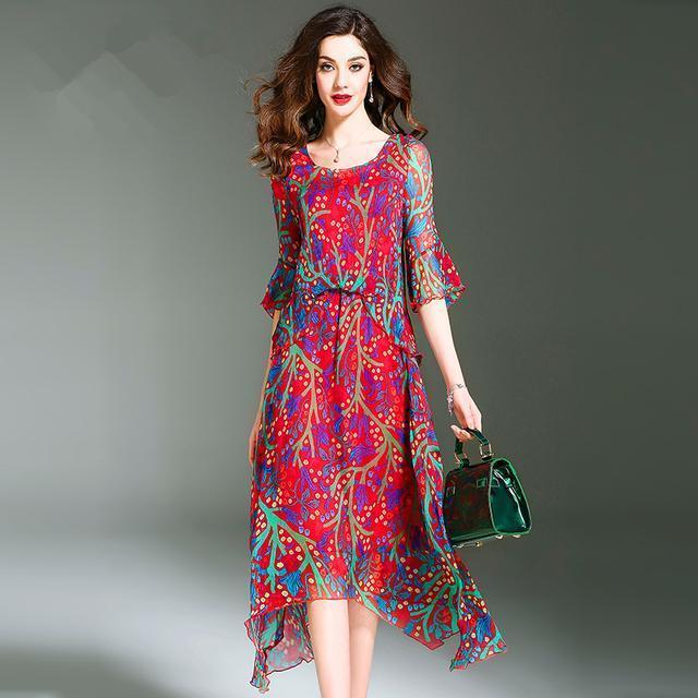 这几款连衣裙是当下最流行的,那就不要穿那些旧的了。