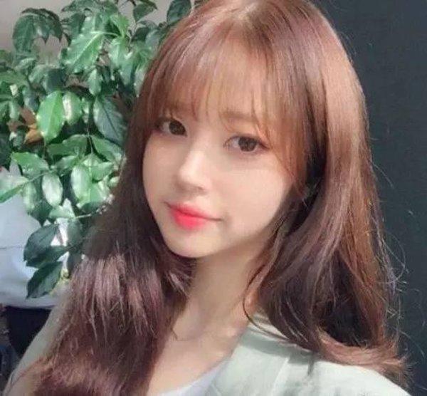 清新甜美的空气刘海长发,小圆脸妹子的最爱,半透明的空气刘海 披肩发